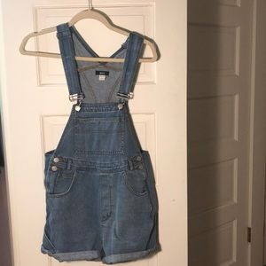 BDG like new overalls XS UBRAN OUTFITTERS